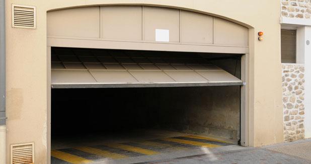 Garage Door Repairs Santa Clarita California